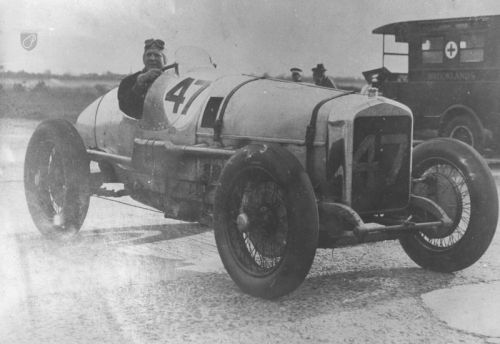 John Cobb in the V12 Delage hd55