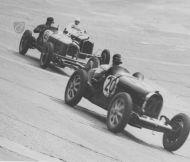 2 Alfas and a Bugatti he272