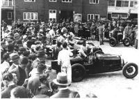 Brooklands Spectators hp103